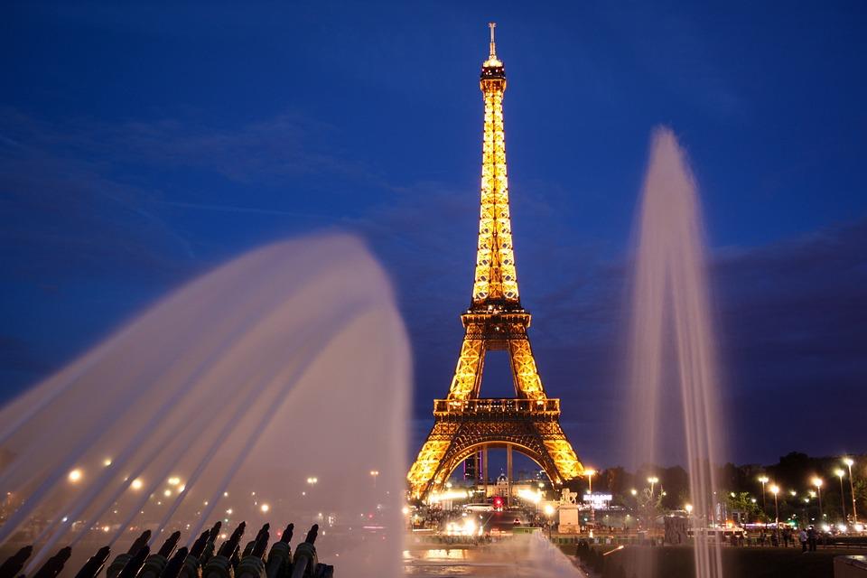 paris-902996_960_720